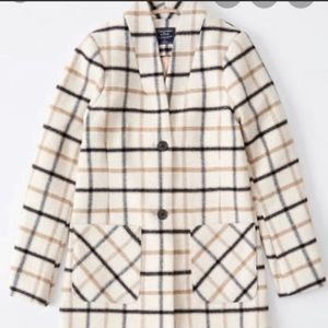 Abercrombie & Fitch plaid coat